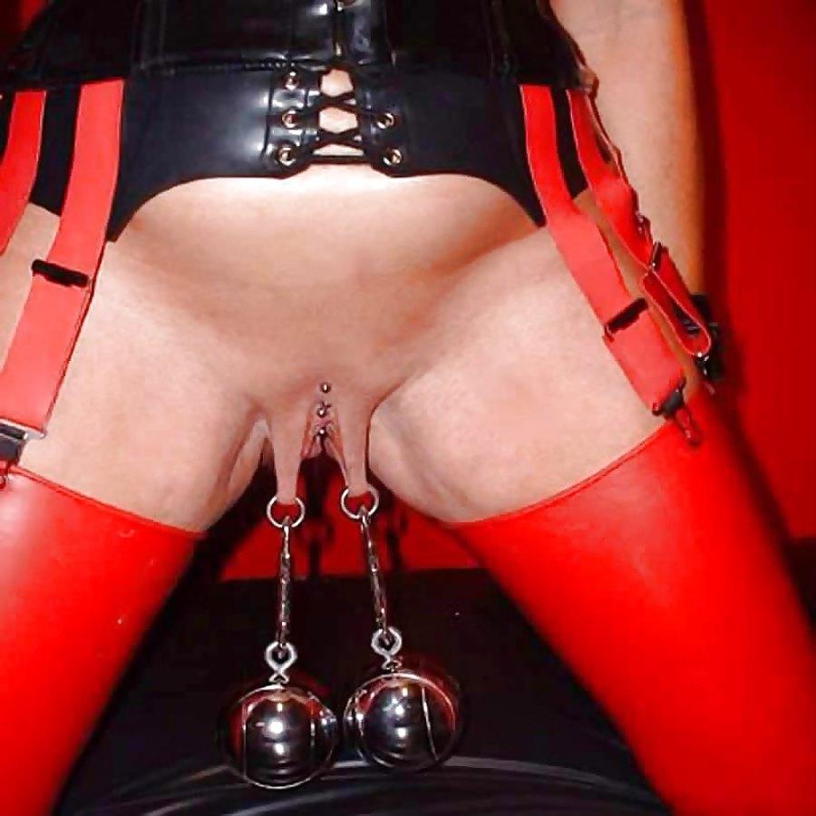 Busty milf slave in corset fucked BDSM porn pics